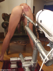 Hot girls cumming on fast fucking machines. - Unique Bondage - Pic 11