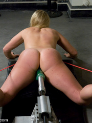 Deep penetration with hardcore fucking - Unique Bondage - Pic 8