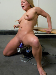 Deep penetration with hardcore fucking - Unique Bondage - Pic 14