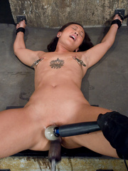 Double fucked by her boyfriend with women - Unique Bondage - Pic 1
