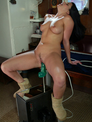 Fat girl getting fucked until she cumms with - Unique Bondage - Pic 8
