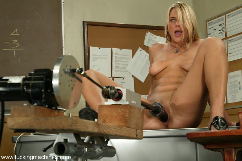 Hot women fucked hardly by women fucking - Unique Bondage - Pic 8