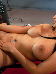 Girls fucking each other with mechanical - Unique Bondage - Pic 12