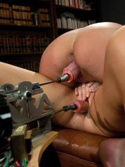 Lesbians having fun with girls fucking - Unique Bondage - Pic 7
