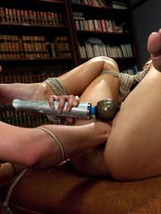 Lesbians having fun with girls fucking - Unique Bondage - Pic 9