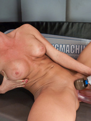 Hot machine porn galleries and hot babes. - Unique Bondage - Pic 1