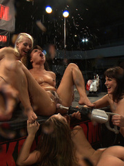 Orgy with fucking machines. Tags: women - Unique Bondage - Pic 7