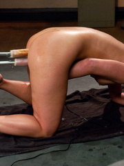 Hot babe satisfied by mechanical fucking - Unique Bondage - Pic 11