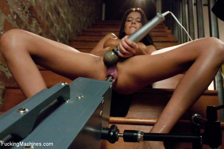 She reaches her best orgasm ever using a - Unique Bondage - Pic 2