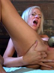 Very hot pics of women having an amazing - Unique Bondage - Pic 2