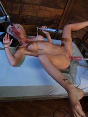 Very hot pics of women having an amazing - Unique Bondage - Pic 4