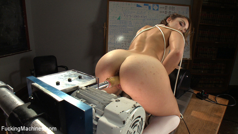 Mechanical fucking machines for a good fuck - Unique Bondage - Pic 11