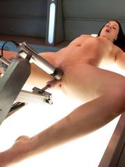 She likes to se vibrators and fucking - Unique Bondage - Pic 6