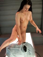 She likes to se vibrators and fucking - Unique Bondage - Pic 12