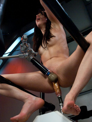 Hot girl has a very hot orgasm with a love - Unique Bondage - Pic 3