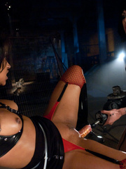 The tongue sex machine gives this blonde her - Unique Bondage - Pic 3