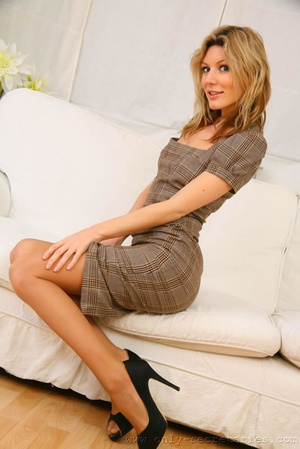 Naughty secretary outfits and erotic wom - XXX Dessert - Picture 2