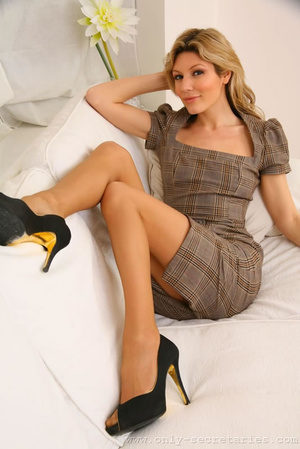 Naughty secretary outfits and erotic wom - XXX Dessert - Picture 4