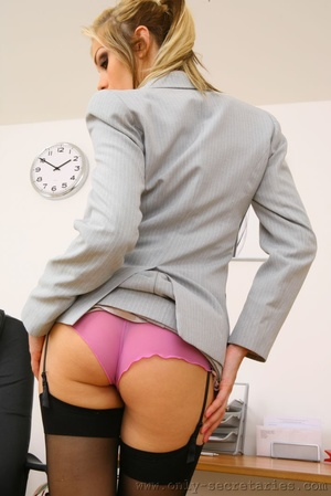The boss wants a good office fuck with h - XXX Dessert - Picture 4