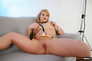 Plump blonde girl gets tied up and sucki - Picture 6