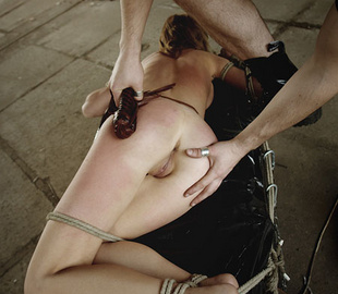 Shaved pussy helpless beauty suffering rough - Unique Bondage - Pic 1