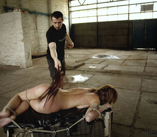 Shaved pussy helpless beauty suffering rough - Unique Bondage - Pic 3