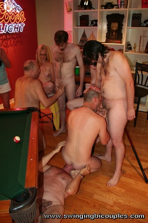 These bisexual swingers love not only lick pussies but also to open their back door for cock - Picture 3