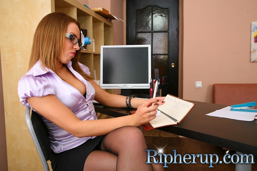 Deliveryman gets horny when hot secretary t - XXX Dessert - Picture 1