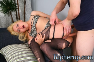 Dirty dude stretches anal of hot blonde  - XXX Dessert - Picture 11