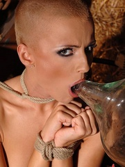 Skinhead bitch is shooting piss movies in - Unique Bondage - Pic 15