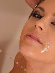 Poured all his warm men pissing into her - Unique Bondage - Pic 10