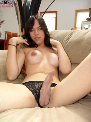 Travesti porn. Shemale Yum. - XXX Dessert - Picture 15