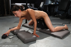 Sexmachine. Amateur machine fucked, drip - XXX Dessert - Picture 12