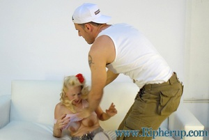 Hard sex. Stud gets rough ripping off bl - XXX Dessert - Picture 5