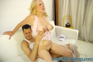 Hard sex. Stud gets rough ripping off bl - XXX Dessert - Picture 14