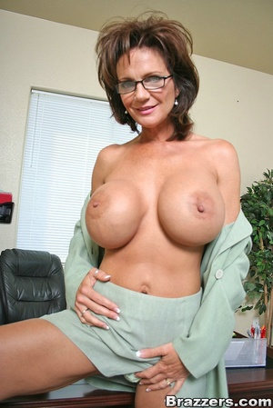 Office fuck. Deauxma takes young mans fa - XXX Dessert - Picture 2