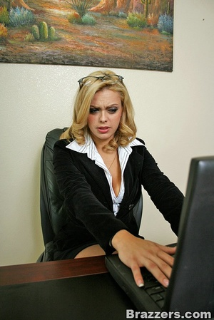 Busty beauties. BIg titted office girl f - XXX Dessert - Picture 3