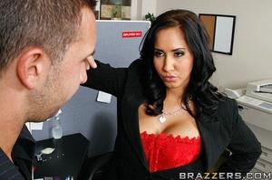 Massive tits. Isis Love proves her tits  - XXX Dessert - Picture 6
