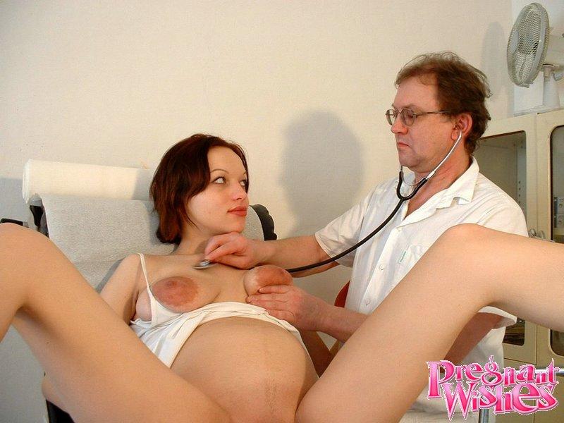 Порно онлайн с беременными у гинеколога