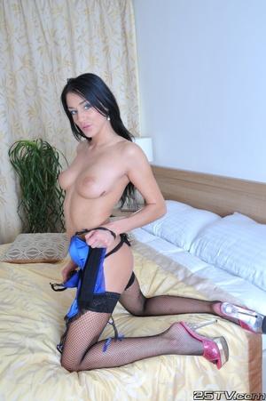 Sexy girls. Naomi Montana FHG. - XXX Dessert - Picture 6