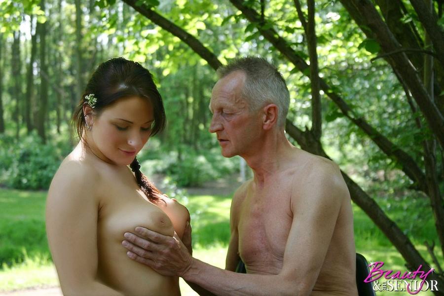 seks-starik-devushka