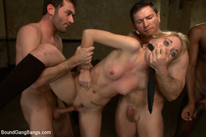 Xxx group sex. Pom Pom Girl gets fucked  - Picture 3