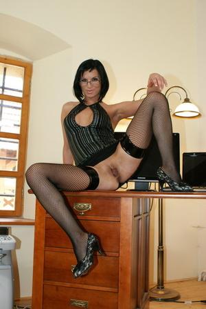порно фото деловая женщина