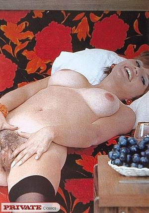 Classic xxx. A cute schoolgirl showing o - XXX Dessert - Picture 12