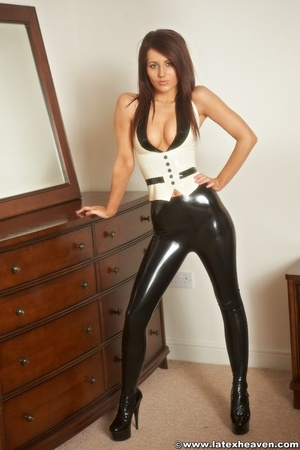 Rubber girls. Latex Heaven. - XXX Dessert - Picture 1