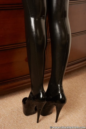 Horny rubber. Latex Heaven. - XXX Dessert - Picture 7
