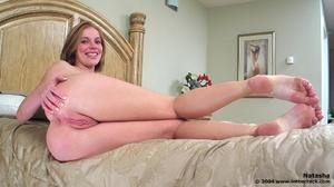 Girl masturbate. In the crack. - XXX Dessert - Picture 2