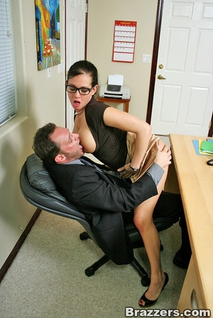 Босс и секретарша фото ню