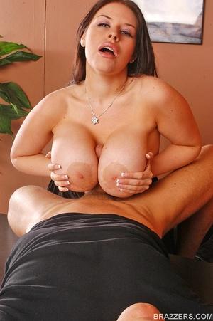 Big tits. Humongous boobed Daphne Rosen  - XXX Dessert - Picture 8