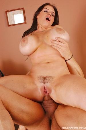 Big tits. Humongous boobed Daphne Rosen  - XXX Dessert - Picture 15